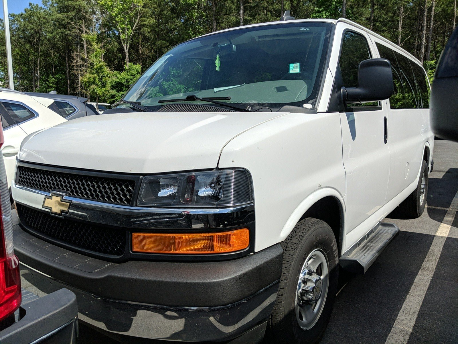 Pre Owned 2016 Chevrolet Express 2500 Lt