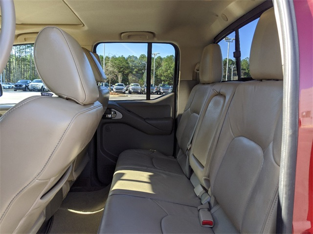 Pre-Owned 2015 Nissan Frontier SL